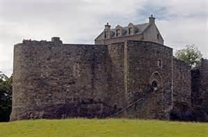 Dunstaffage Castle