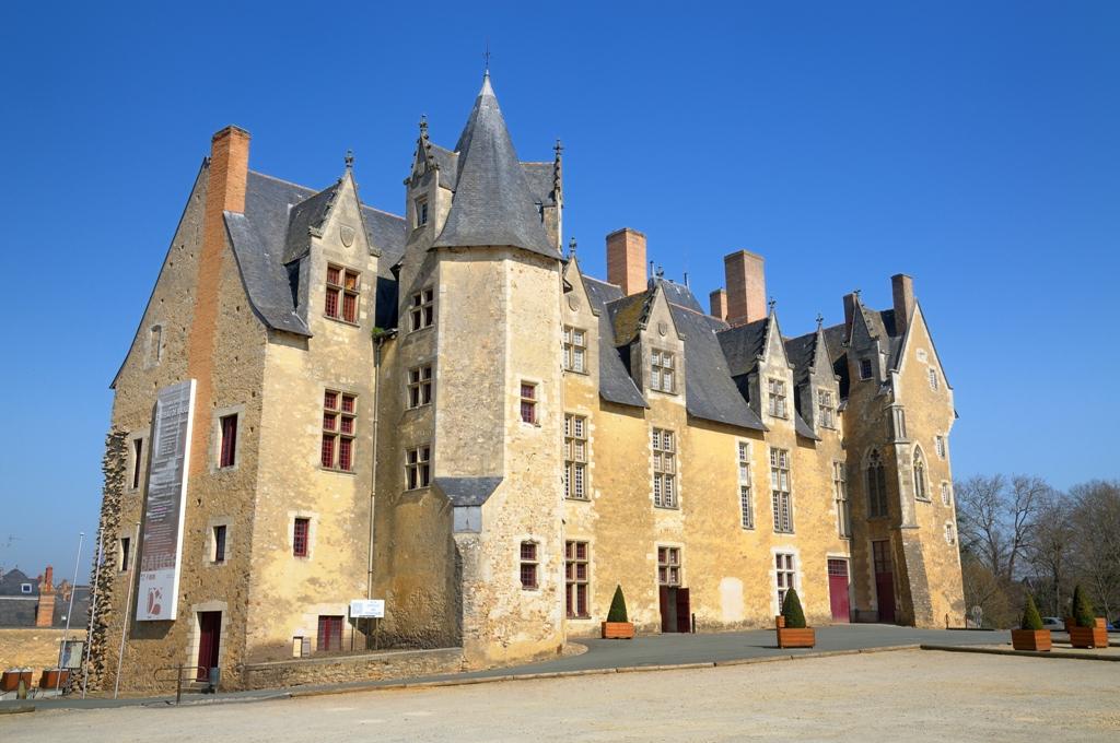 Chateau de Bauges